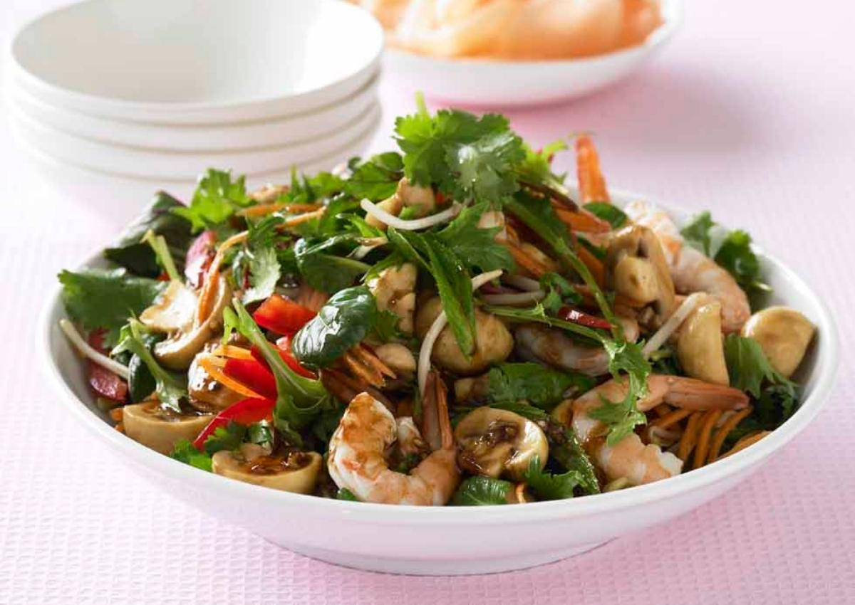 Asian style prawn and mushroom salad